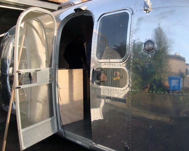 shiny airstream exterior polish