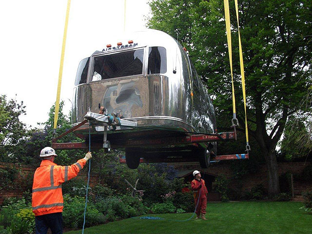 Airstream Delivery