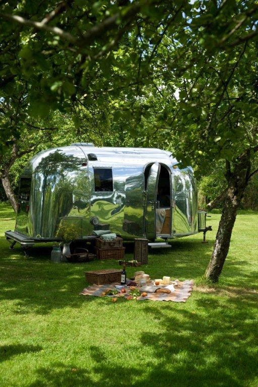 airstream summer picnic