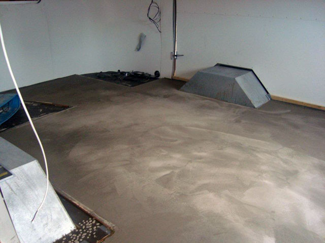 Airstream flooring